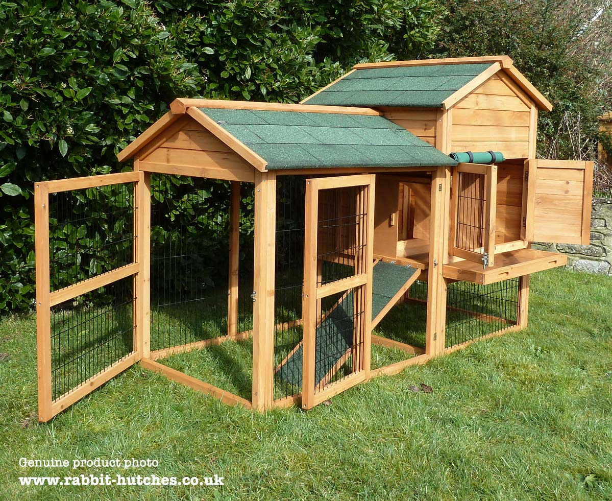 Large Balmoral Rabbit Hutch